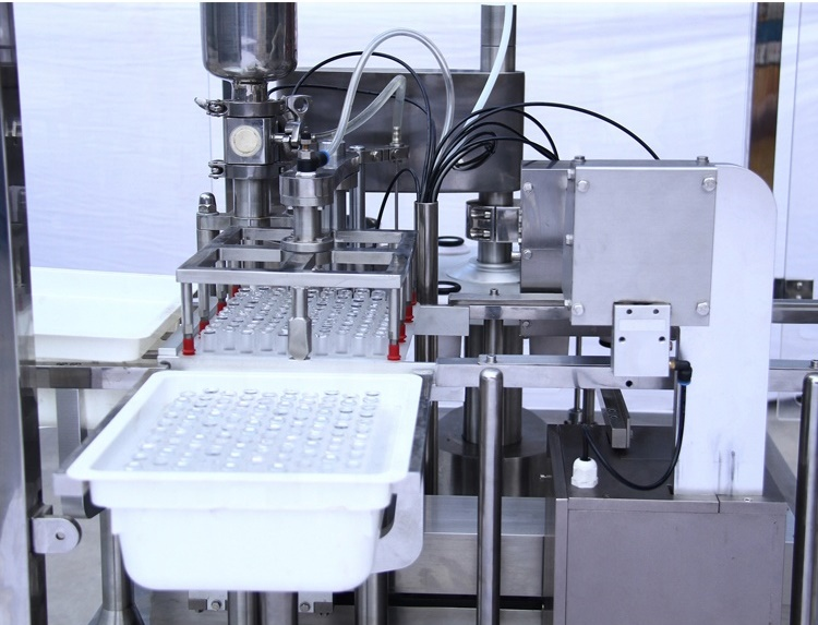 Syringe Filling Machine - Harikrushna Machinetech