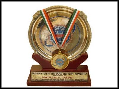 Rasthtra Udyog Ratan Award - - Harikrushna Machinetech Pvt. Ltd.